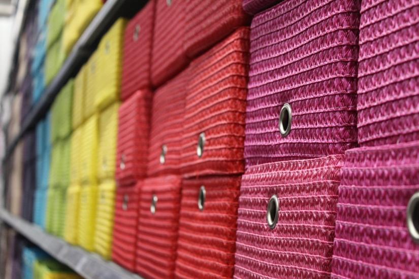 zodio-bordeaux-bègles-décoration-magasin-maison-boite-panier-panière-rangement-enfant-chambre-couleur-arc-en-ciel-rainbow