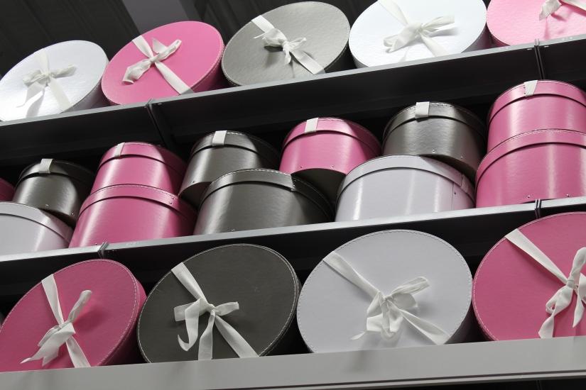 zodio-bordeaux-bègles-décoration-magasin-maison-boite-rangement-chapeau-rose-original-fille