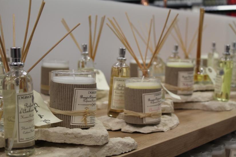 zodio-bordeaux-bègles-décoration-magasin-maison-bougie-parfumée-durance-parfum-intèrieur-maman-cadeau