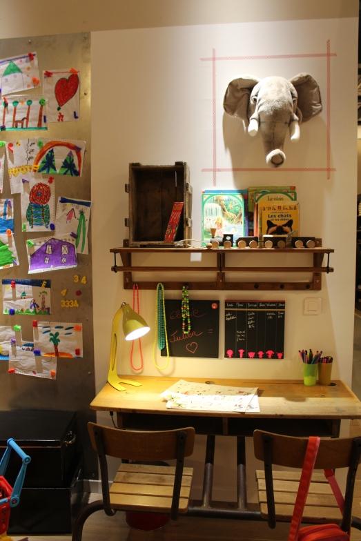 zodio-bordeaux-bègles-décoration-magasin-maison-chambre-enfant-pupitre-rétro-vintage-récup