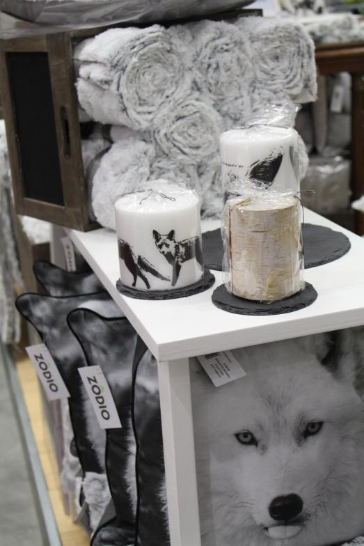 zodio-bordeaux-bègles-décoration-magasin-maison-collection-hiver-noel-blanc-loup-foret-neige