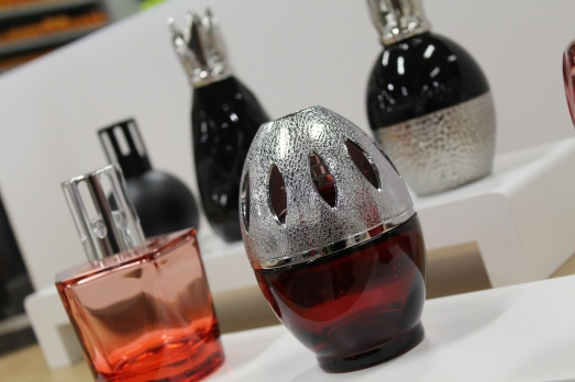zodio-bordeaux-bègles-décoration-magasin-maison-lampe-berger-collection-parfum-intérieur-diffuseur