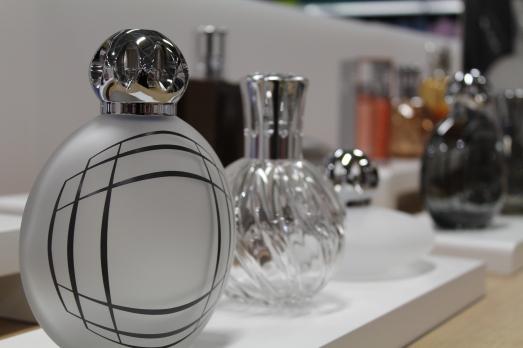 zodio-bordeaux-bègles-décoration-magasin-maison-parfum-lampe-berger-collection-verre-précieux