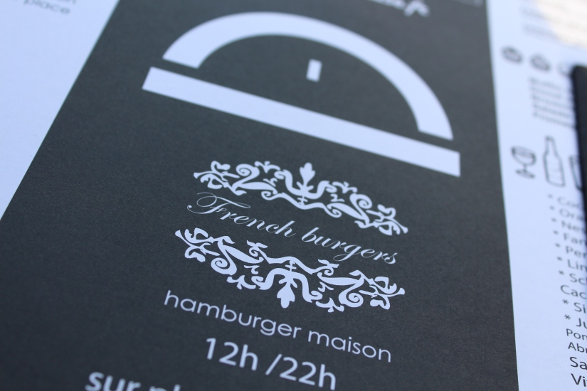 french-burgers-hamburger-maison-quai-des-marques-la-belle-excuse-devanture-enseigne-logo-carte