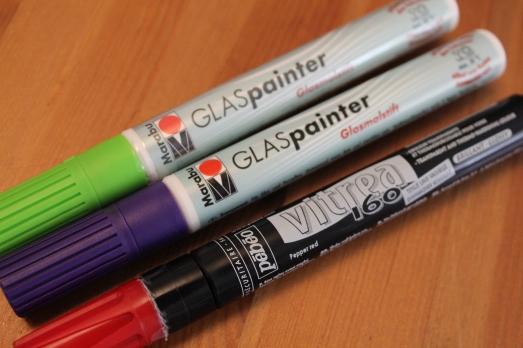 bouteille-carafe-verre-cadeau-personnaliser-peinture-fete-anniversaire-mamie-grand-mère-simple-stylo-couleur-pratique-enfant