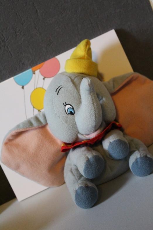 doudou-peluche-disney-store-dumbo-elephant-bébé-couleur-cirque