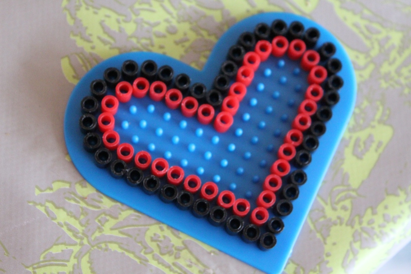 perle-coeur-idée-déco-table