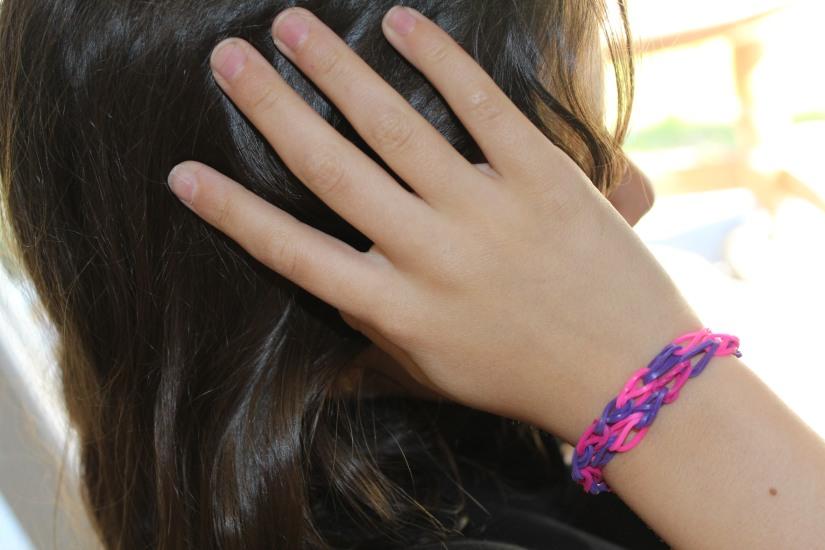 crazloom-bracelet-elastique-métier-tisser-fille-girl-fabriquer-jeu-jouet-cadeau-résultat-mode-fashion-diy