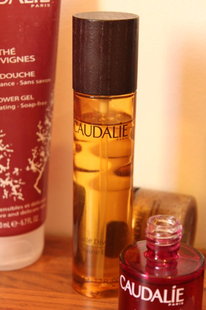 caudalie-cosmetique-bio-naturel-bordeaux-vigne-raisin-huile-gel-douche-nuit-peau-douceur-the-divine-parfum