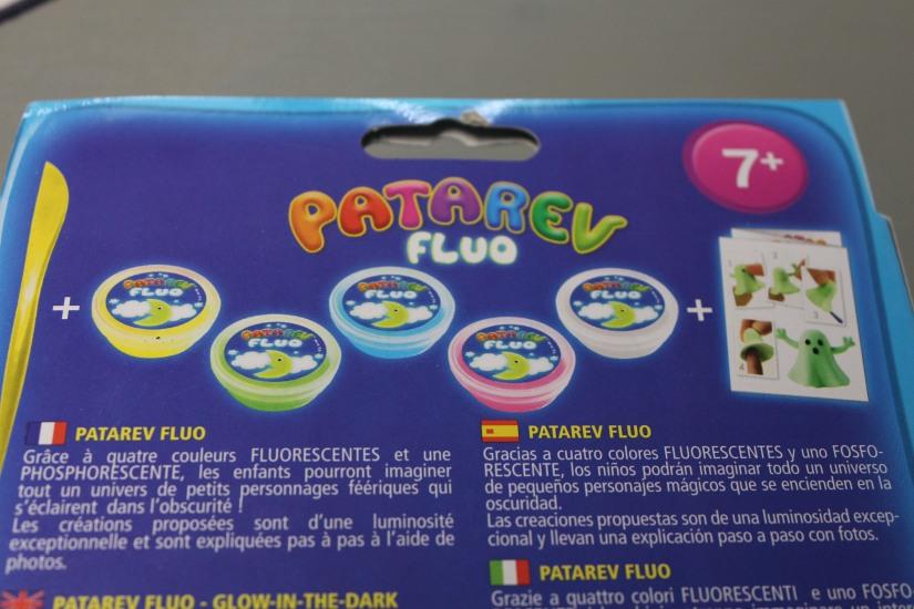 patarev-fluo-licorne-fantome-couleur-lumineux-brillant-phosphorescent-kit-pate-modeler-rebondissant