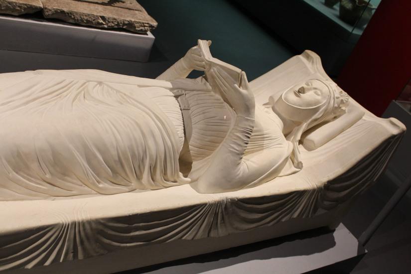 musee-aquitaine-histoire-bordeaux-prehistoire-romain-esclave-port-bateau-commerce-vin-pierre-enfant-jeux-pedagogique-ludique-livret-alienor