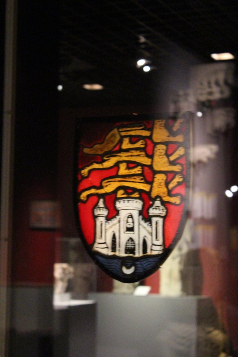 musee-aquitaine-histoire-bordeaux-prehistoire-romain-esclave-port-bateau-commerce-vin-pierre-enfant-jeux-pedagogique-ludique-livret-armoirie