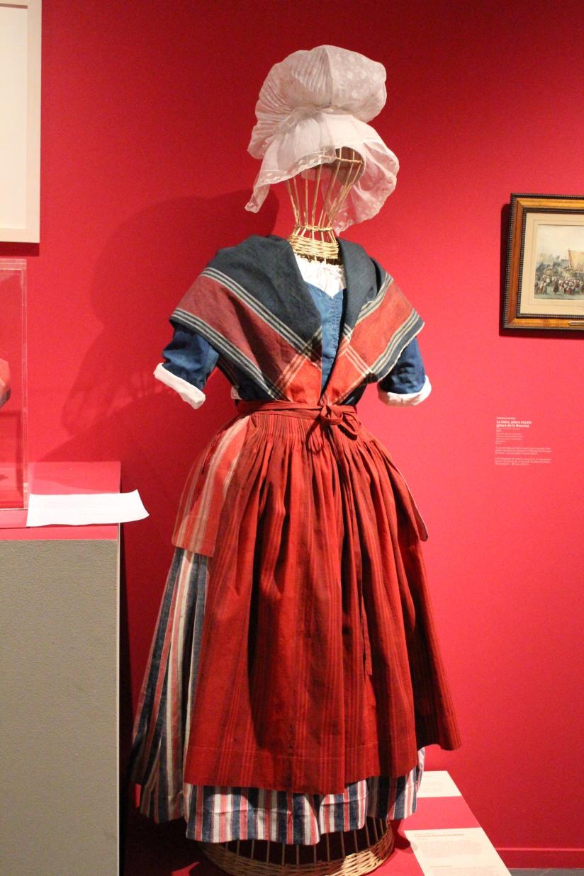 musee-aquitaine-histoire-bordeaux-prehistoire-romain-esclave-port-bateau-commerce-vin-pierre-enfant-jeux-pedagogique-ludique-livret-costume