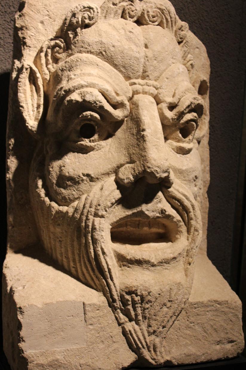 musee-aquitaine-histoire-bordeaux-prehistoire-romain-esclave-port-bateau-commerce-vin-pierre-enfant-jeux-pedagogique-ludique-livret-monstre