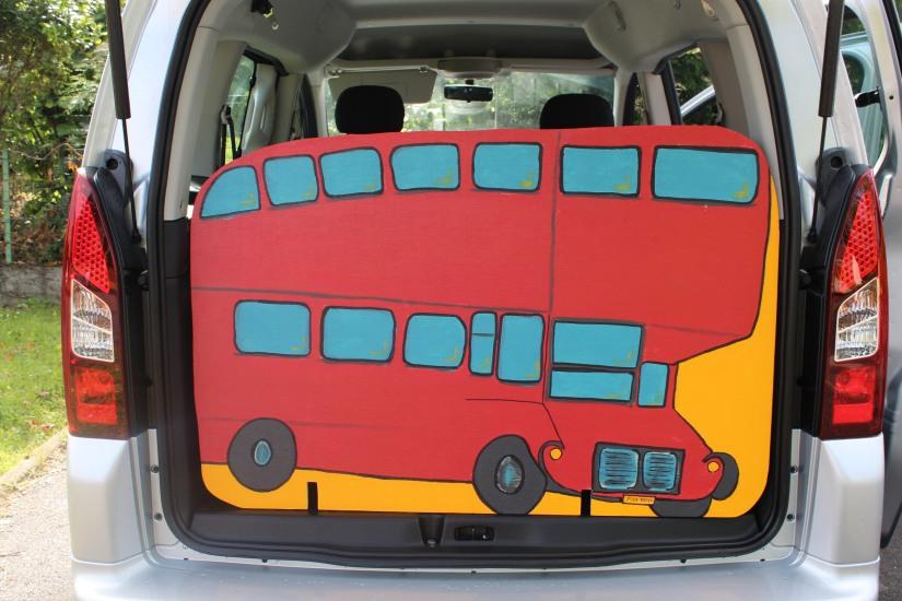 vpn-vehicule-pratiquement-neuf-voiture-service-enfant-accueil-achat-vente-bordeaux-décor-materiel-seance
