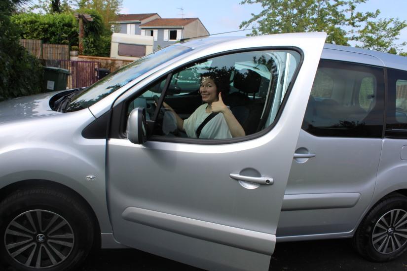 vpn-vehicule-pratiquement-neuf-voiture-service-enfant-accueil-achat-vente-bordeaux-teepee-partner