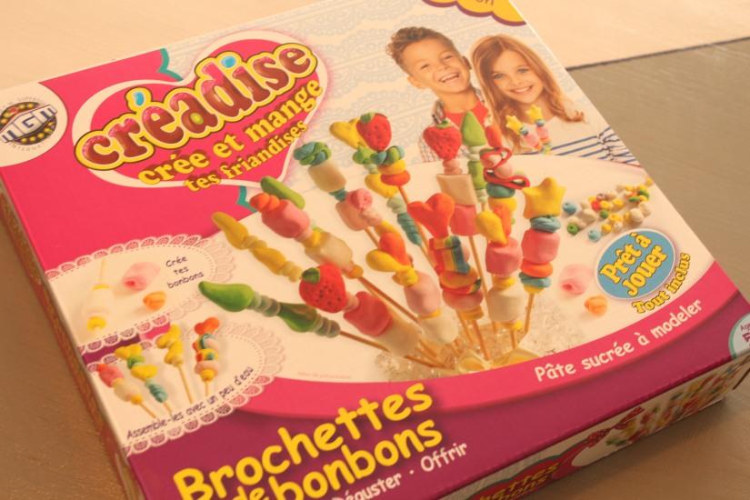 creadise-boite-bonbon-pate-modeler-comestible-gout-brochette-jeu-enfant-vacances-noel-anniversaire-atelier-creation-dinette-deco