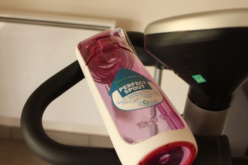 gourde-eco-ecolo-recyclable-plastique-sans-bpa-pratique-reutilisable-bouteille-enfant-rose-maman-boisson-boire-eau-tisane-the-glace-sport
