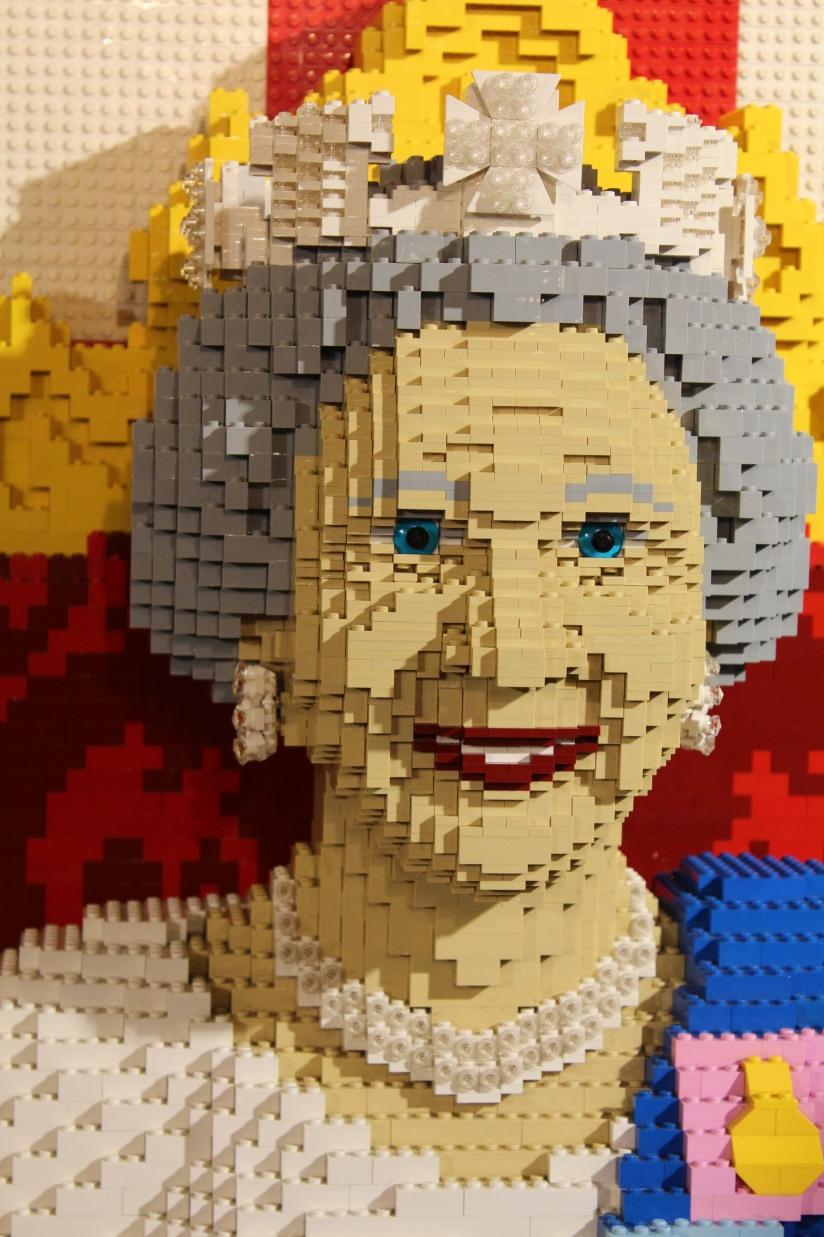 hamleys-bus-stop-arret-lego-magasin-jouet-brique-rein-elisabeth