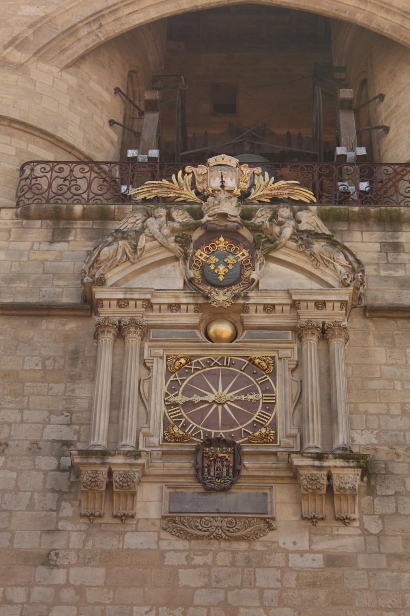 la-grosse-cloche-horloge-bordeaux-monument-vue-hauteur-panorama-photos-balade-visite-touristique-city-pass-detail-dore-or-dorure