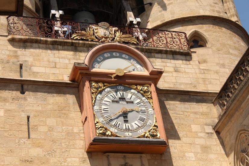 la-grosse-cloche-horloge-bordeaux-monument-vue-hauteur-panorama-photos-balade-visite-touristique-city-pass