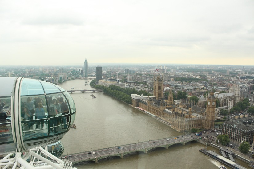 london-eye-grande-roue-londres-enfant-decouverte-uk-angleterre-capitale-sortie-balade-cabine
