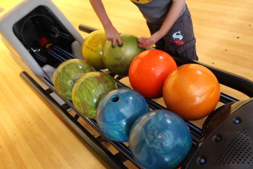 bowling-bordeaux-lac-enfant-sortie-boule-jeu