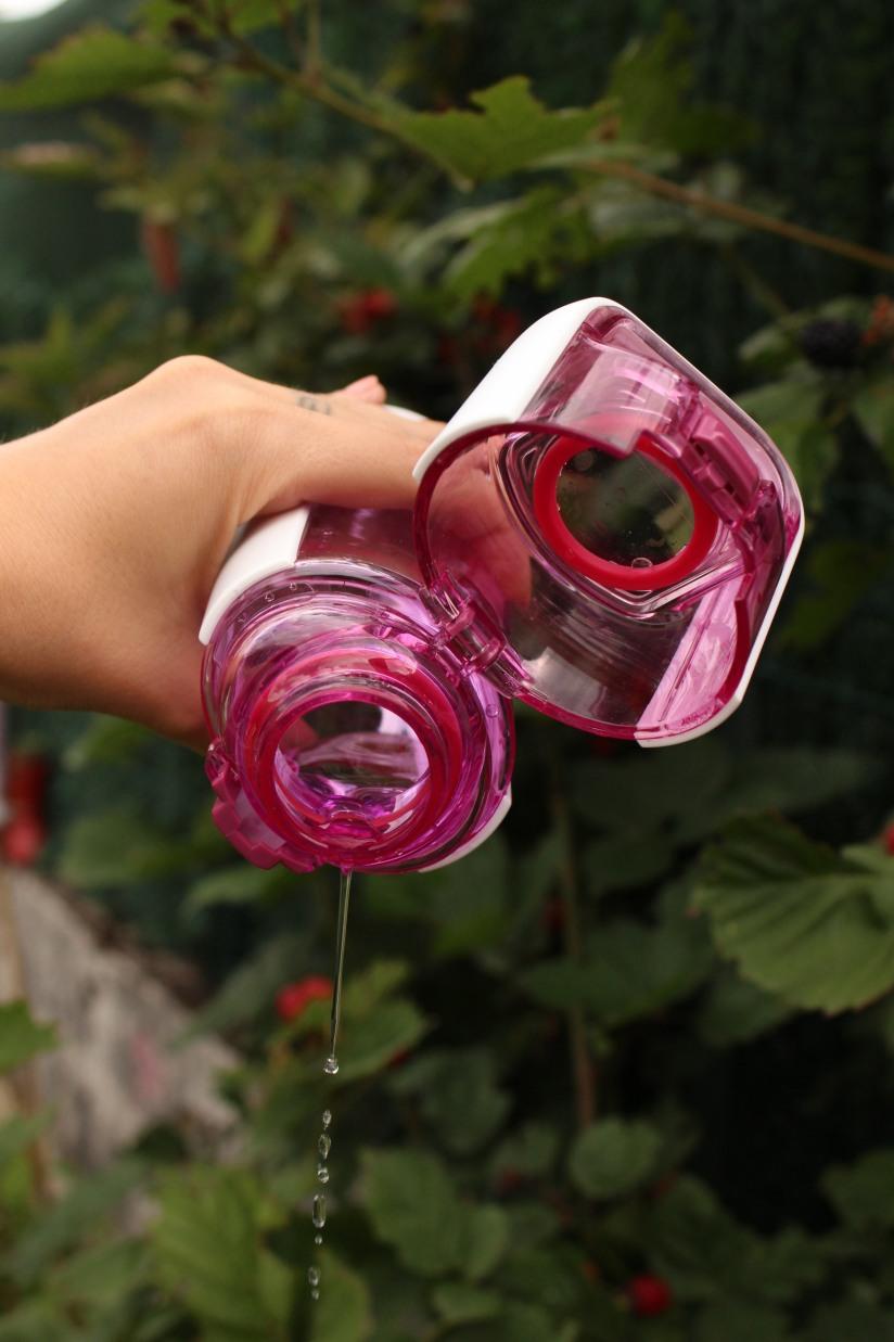 gourde-kor-powertec-bouteille-plastique-eco-recyclable-design-moderne-couleur-rose-transparent