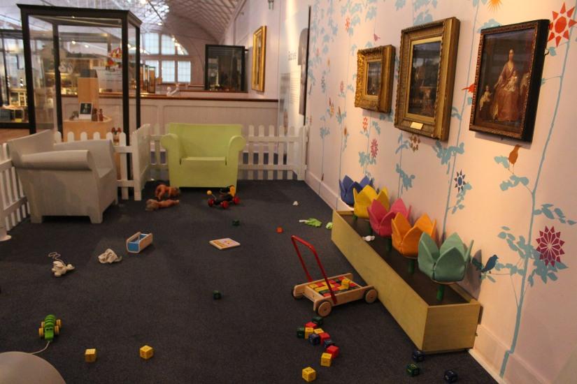 musee-de-enfance-v&a-londres-london-enfant-jouet-childhood-museum-collection-exposition-jeu-famille-visite-aire-jeux-petits