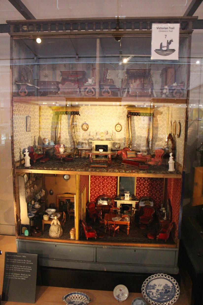 musee-de-enfance-v&a-londres-london-enfant-jouet-childhood-museum-collection-exposition-jeu-famille-visite-maison-poupee-rane-victoria-royale