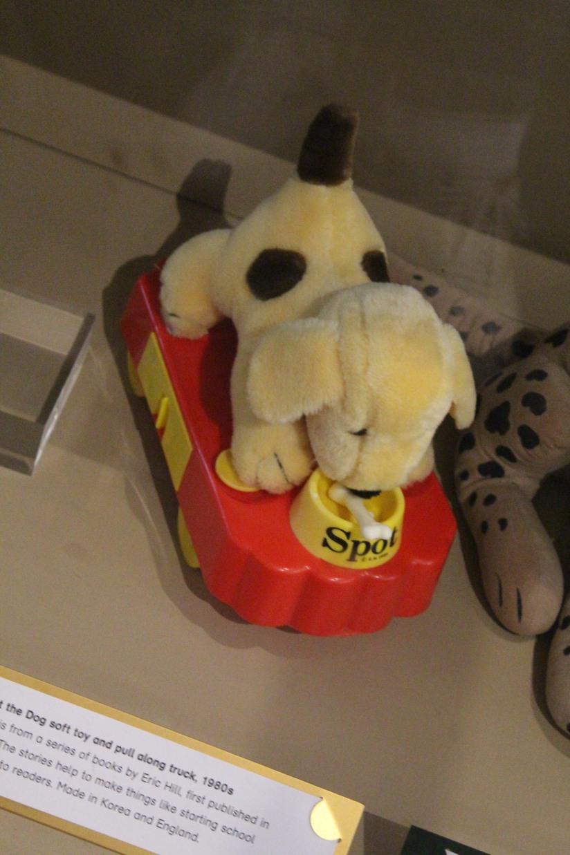 musee-de-enfance-v&a-londres-london-enfant-jouet-childhood-museum-collection-exposition-jeu-famille-visite-spot-eveil-anglais-pteapotes-lydie
