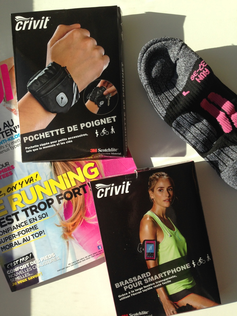 running-courir-course-entrainement-sport-equipement-vital-brassard-kalenji