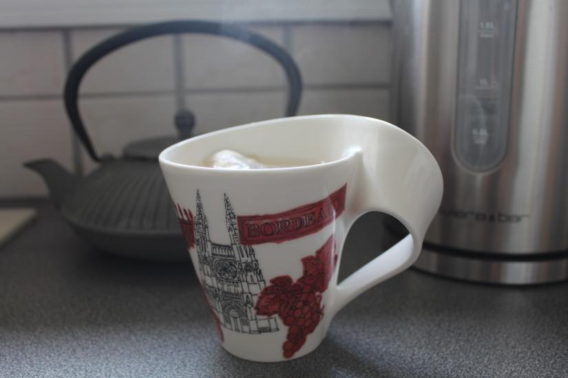 bouilloire-thé-tea-the-riviera-bar-theiere-palais-des-thes-mariage-freres-eau-bouillir-degres-controle-temperature-tasse-mug-collection-teatime-villeroy-boch-bordeaux