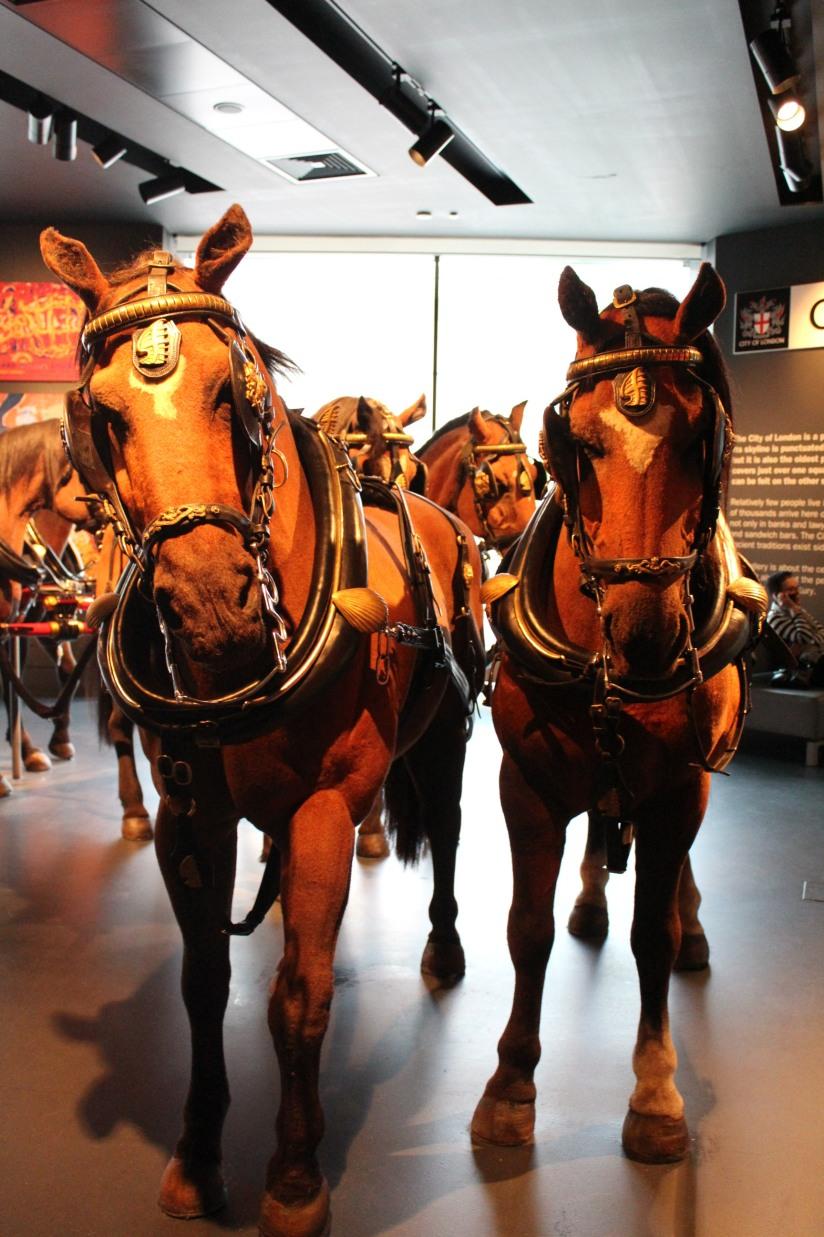 museum-of-london-musee-de-londres-histoire-enfant-sortie-decouverte-ludique-pedagogique-voyage-chevaux-voiture-carosse-royal-reine-queen