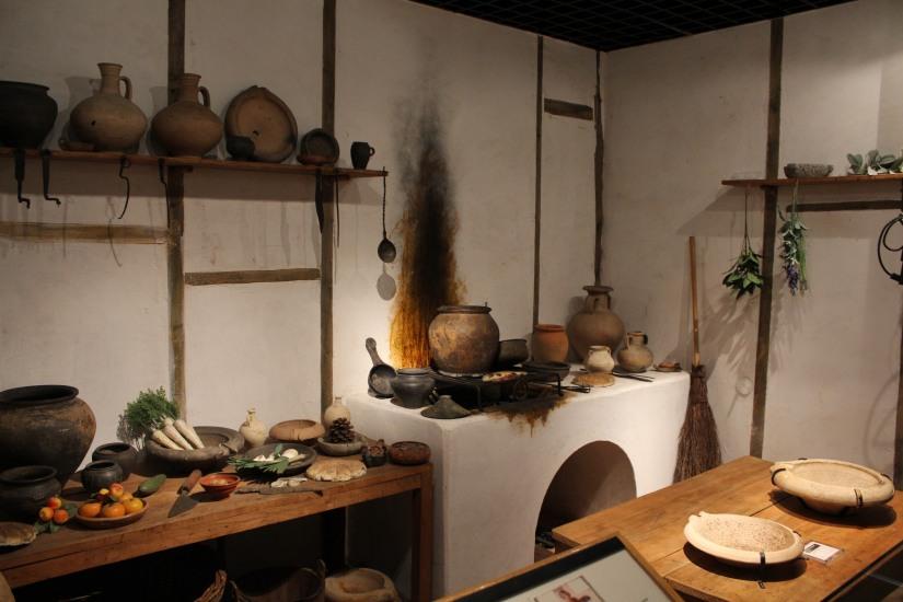 museum-of-london-musee-de-londres-histoire-enfant-sortie-decouverte-ludique-pedagogique-voyage-cuisine-piece-reconstitution