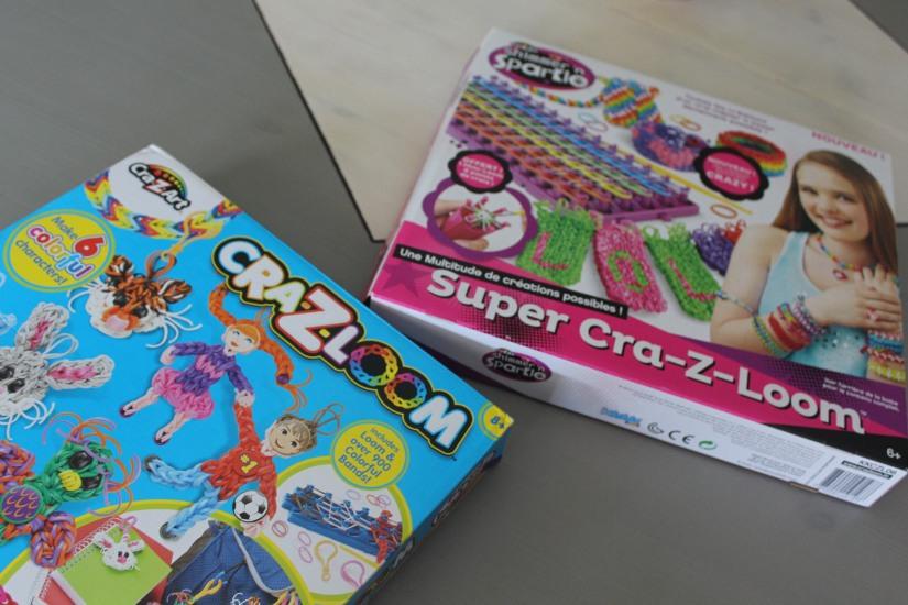 super-cra-z-loom-crazy-bracelet-elastique-personnage-banderole-metier-tisser-geant-figurine-porte-clé-pochette-portable-enfant
