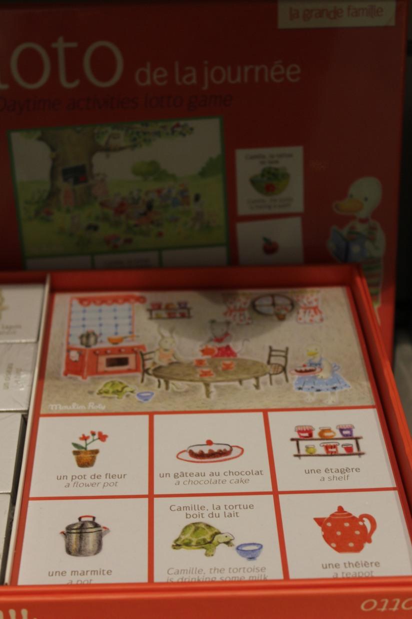 paulin-pauline-bordeaux-boutique-jouets-jeux-peluches-doudou-moulin-roty-bébé-naissance-gigoteuse-vetement-classique-domino-memory-anglais-bilingue