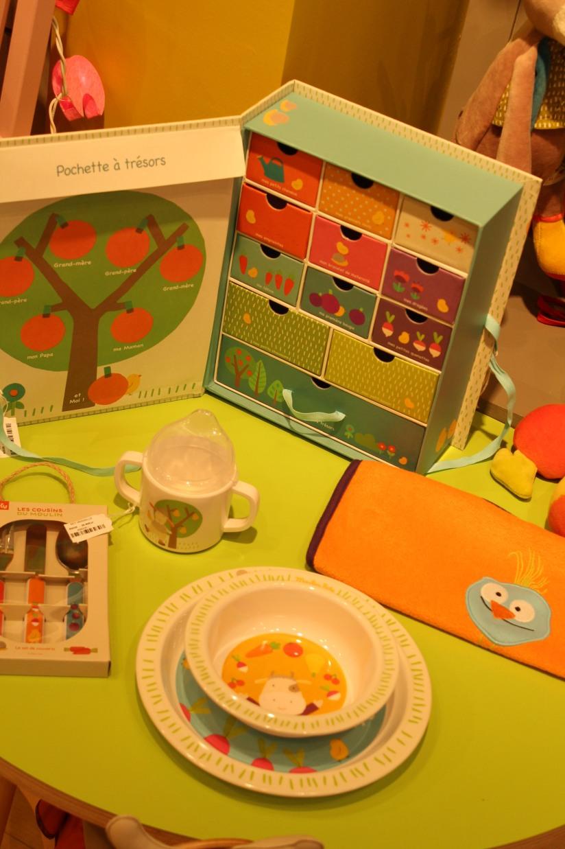 paulin-pauline-bordeaux-boutique-jouets-jeux-peluches-doudou-moulin-roty-bébé-naissance-gigoteuse-vetement-couleur