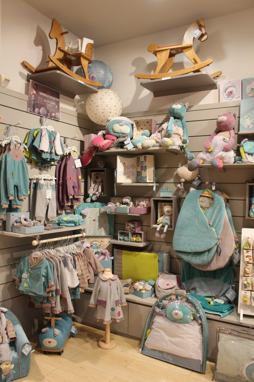 paulin-pauline-bordeaux-boutique-jouets-jeux-peluches-doudou-moulin-roty-bébé-naissance-gigoteuse-vetement