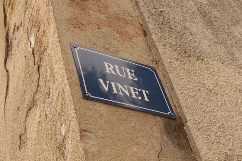 square-vinet-rue-cancera-sainte-catherine-bordeaux-centre-jeux-enfants-panneau