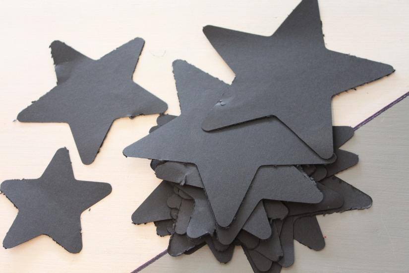 diy-calendrier-avent-noel-tuto-bricolage-papier-enfant-idee-vacances-facile-etoile