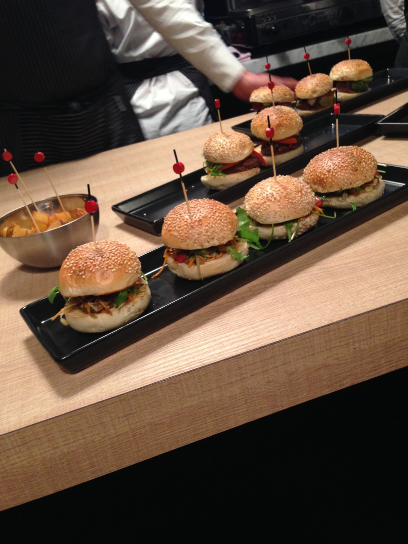 french-burgers-restaurant-hamburgers-bordeaux-allees-tourny-recette-cuisine-chef-etoiles-frites-soiree-2