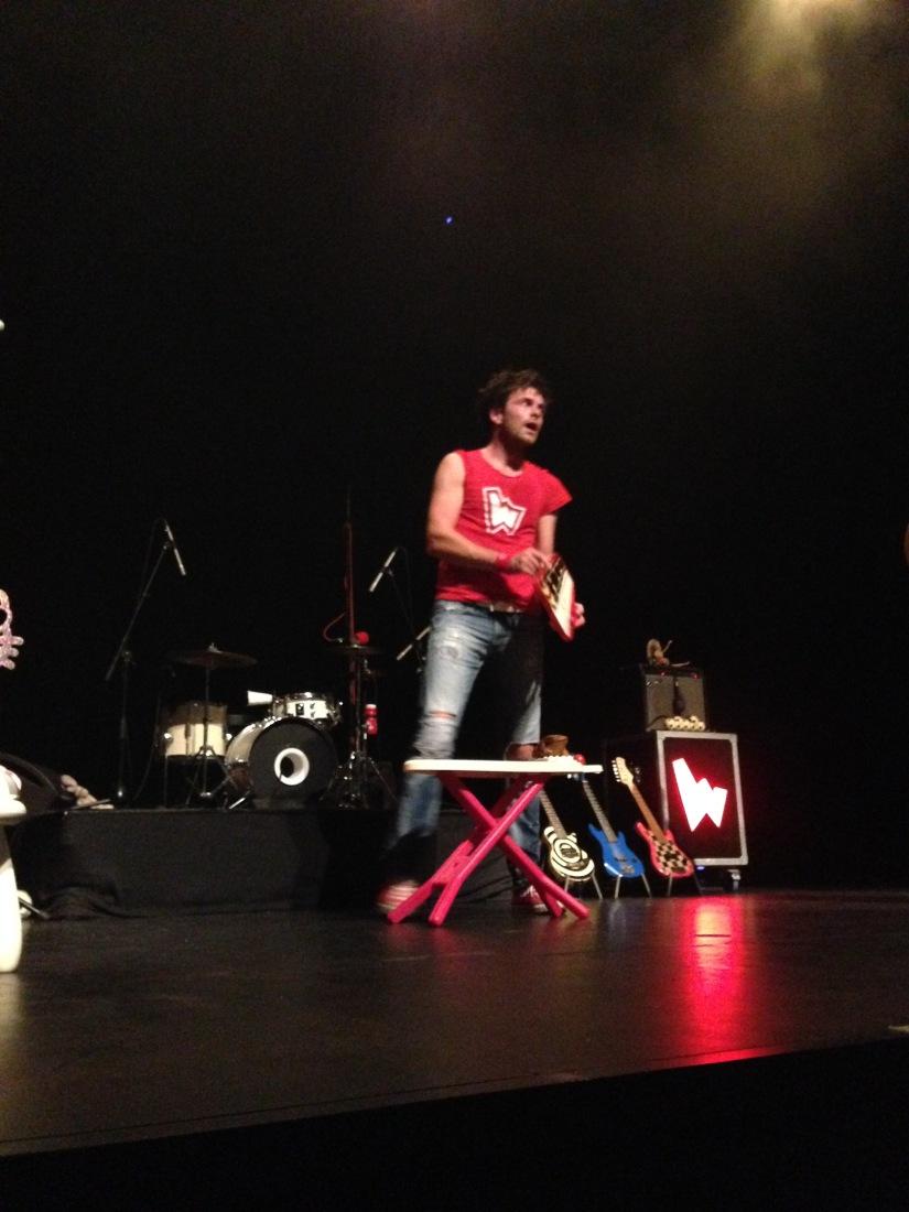 Les-wackids-the-concert-enfant-rock-n-roll-rocknroll-musique-kids-rocher-palmer-cenon-bordeaux-rouge