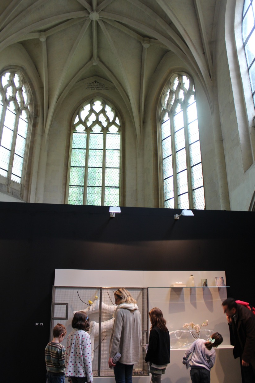 andrea-branzi-expo-bordeaux-musee-arts-decoratifs-design-junior-enfant-canape-eglise-saint-remi