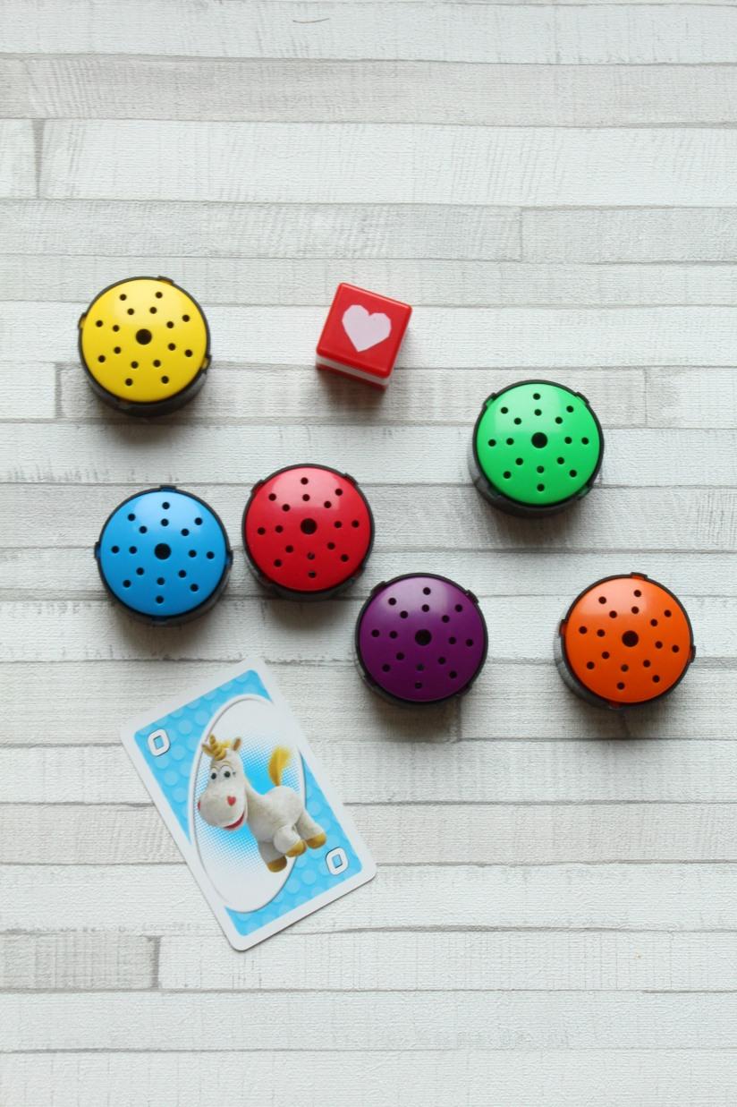 hop-toys-bouton-enregistreur-couleur-enfant-different-handicap-eveil-montessori-methode-apprentissage-decouverte-instit-ass-mat-anglais