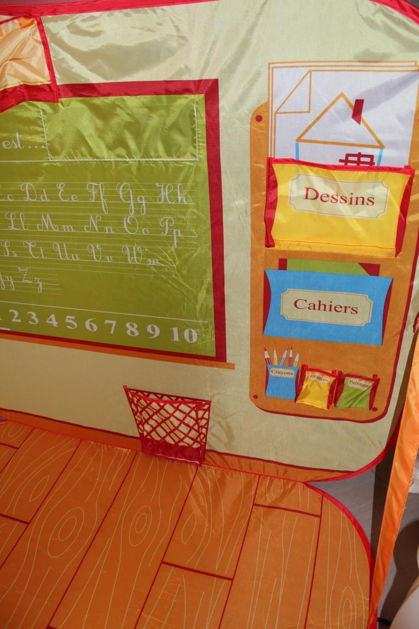 ludi-cabane-pop-up-tente-ecole-maitresse-jeu-jouer-jouet-enfant-pratique-gain-place-rangement-detail