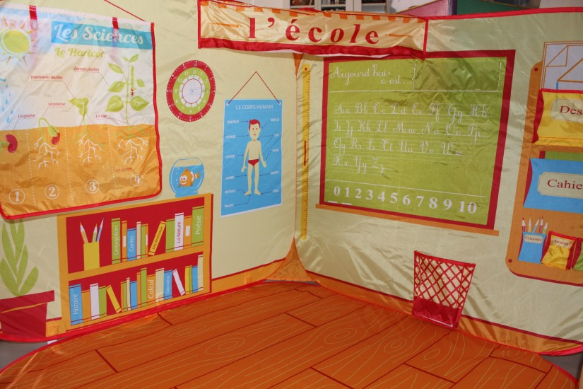 ludi-cabane-pop-up-tente-ecole-maitresse-jeu-jouer-jouet-enfant-pratique-gain-place-rangement-realiste