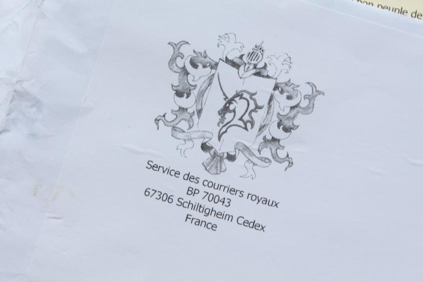 reve-aux-lettres-courrier-cadeau-abonnement-enfant-ecriture-lecture-interactif-reponse-ecrire-lire-royaume-armoirie
