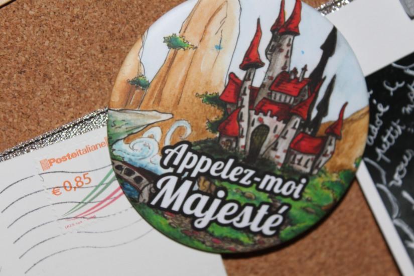 reve-aux-lettres-courrier-cadeau-abonnement-enfant-ecriture-lecture-interactif-reponse-ecrire-lire-royaume-badge