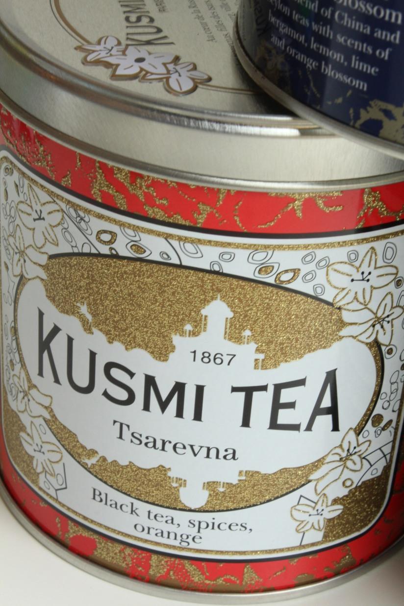 kusmi-tea-the-jean-paul-gauthier-couture-gouter-edition-limitee-expo-grand-palais-paris-prince-vladimir-anastasia-russe-bergamote-agrumes-noir-vrac-boite-fer-4